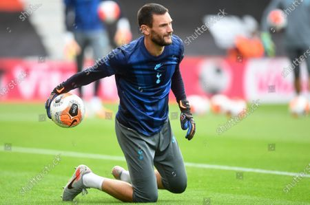 Goalkeeper Hugo Lloris of Tottenham warms up ahead of the English Premier League match between AFC Bournemouth and Tottenham Hotspur in Bournemouth, Britain, 09 July 2020.