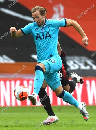 Harry Kane of Tottenham in action during the English Premier League match between AFC Bournemouth and Tottenham Hotspur in Bournemouth, Britain, 09 July 2020.