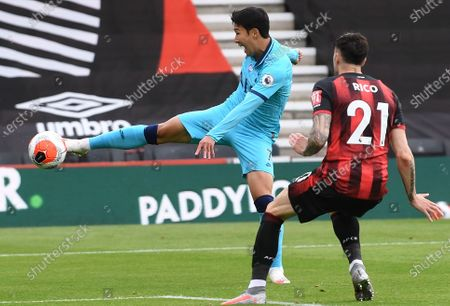 Diego Rico (R) of Bournemouth in action against Son Heung-Min (L) of Tottenham during the English Premier League match between AFC Bournemouth and Tottenham Hotspur in Bournemouth, Britain, 09 July 2020.