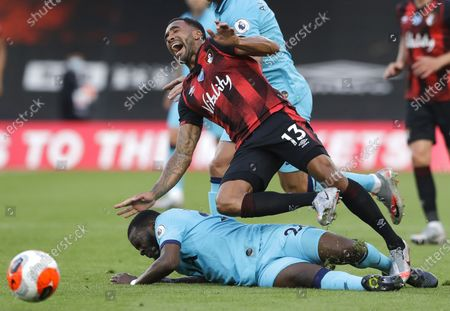 Callum Wilson (R) of Bournemouth in action against Tanguy Ndombele (L) of Tottenham during the English Premier League match between AFC Bournemouth and Tottenham Hotspur in Bournemouth, Britain, 09 July 2020.