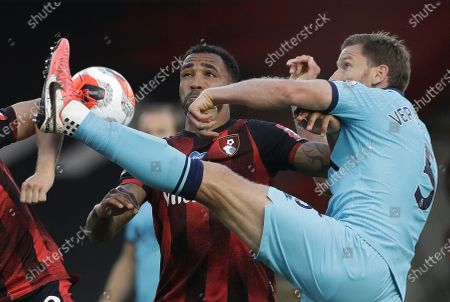 Callum Wilson (L) of Bournemouth in action against Jan Vertonghen (R) of Tottenham during the English Premier League match between AFC Bournemouth and Tottenham Hotspur in Bournemouth, Britain, 09 July 2020.