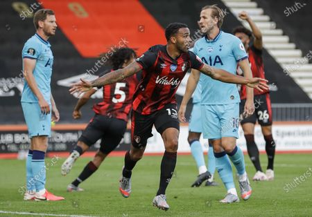 Bournemouth's Callum Wilson (C) celebrates his goal that was later disallowed during the English Premier League match between AFC Bournemouth and Tottenham Hotspur in Bournemouth, Britain, 09 July 2020.
