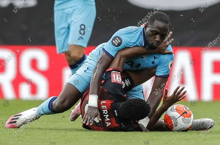 Jefferson Lerma (R) of Bournemouth in action against Moussa Sissoko (L) of Tottenham during the English Premier League match between AFC Bournemouth and Tottenham Hotspur in Bournemouth, Britain, 09 July 2020.