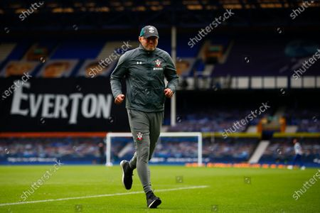 Head coach Ralph Hasenhuettl of Southampton during the English Premier League match between Everton and Southampton in Liverpool, Britain, 09 July 2020.
