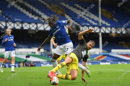 Moise Kean (L) of Everton in action against Jack Stephens (R) of Southampton during the English Premier League match between Everton and Southampton in Liverpool, Britain, 09 July 2020.