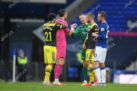 Jordan Pickford (R) of Everton and Alex McCarthy (L) of Southampton afteru the English Premier League match between Everton and Southampton in Liverpool, Britain, 09 July 2020.
