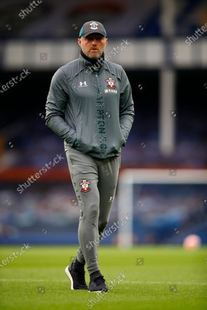Head coach Ralph Hasenhuettl of Southampton reacts during the English Premier League match between Everton and Southampton in Liverpool, Britain, 09 July 2020.