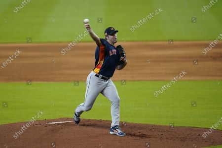 Houston Astros starting pitcher Justin Verlander throws during a simulated baseball game, in Houston