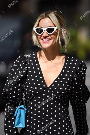 Image éditoriale de Ashley Roberts out and about, London, UK - 10 Jul 2020