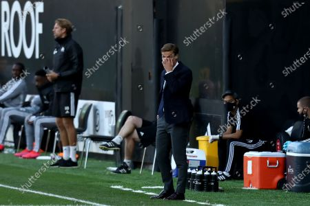 Craven Cottage, London, England; Fulham Manager Scott Parker watches play closely; English Championship Football, Fulham versus Cardiff City.