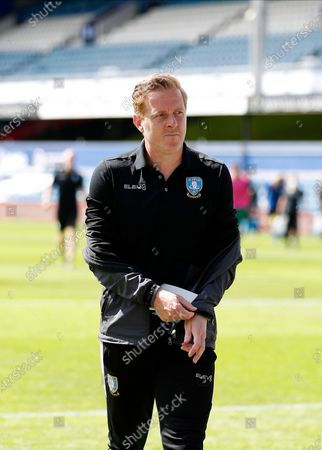 The Kiyan Prince Foundation Stadium, London, England; Garry Monk of Sheffield Wednesday walking back into the away tunnel at half time; English Championship Football, Queen Park Rangers versus Sheffield Wednesday.