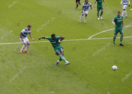 The Kiyan Prince Foundation Stadium, London, England; Dominic Iorfa of Sheffield Wednesday shoots and scores his sides 1st goal in the 5th minute to make it 0; English Championship Football, Queen Park Rangers versus Sheffield Wednesday.