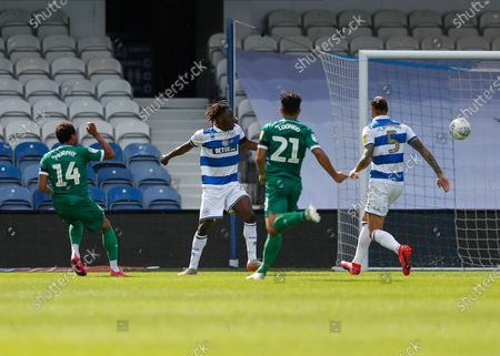 The Kiyan Prince Foundation Stadium, London, England; Jacob Murphy of Sheffield Wednesday shoots to score his sides 3rd goal in the 78th minute to make it 0; English Championship Football, Queen Park Rangers versus Sheffield Wednesday.