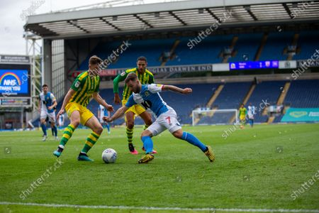 Ewood Park, Blackburn, Lancashire, England; Adam Armstrong of Blackburn Roverstakes on the West Brom defence; English Football League Championship Football, Blackburn Rovers versus West Bromwich Albion.