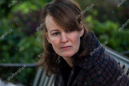 Rosemarie DeWitt as Linda McCullough
