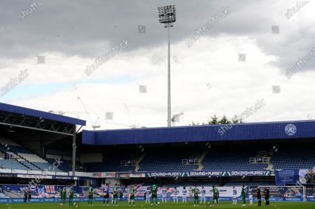 Players hold a minute silence for Jack Charlton prior to the Sky Bet League Championship match between Queens Park Rangers and Sheffield Wednesday at The Kiyan Prince Foundation Stadium in London, UK - 11th July 2020