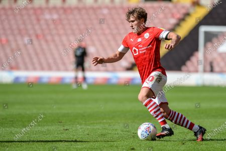 Callum Styles (20) of Barnsley FC with the ball