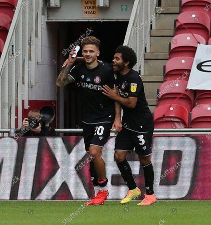 Image libre de droits de Jamie Paterson celebrates scoring Cityâ€s second goal