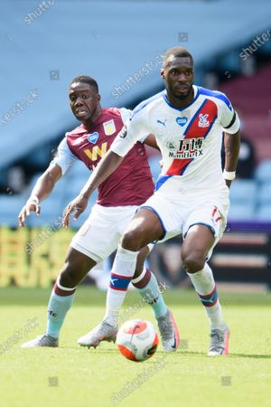 Image éditoriale de Aston Villa v Crystal Palace, Premier League, Football, Villa Park, Birmingham, UK - 12 Jul 2020