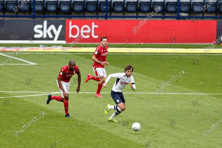 Ben Pearson of Preston North End in front of Sky Bet branding