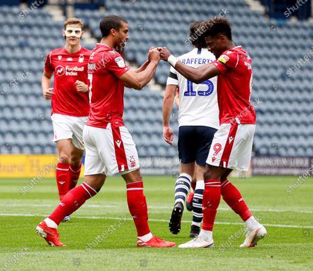 Lewis Grabban of Nottingham Forest celebrates scoring the 1st goal