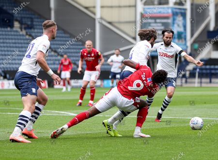 Nuno Da Costa of Nottingham Forest is fouled by Ben Pearson of Preston North End for a penalty
