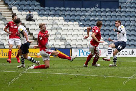Tom Barkhuizen of Preston North End has his last minute shot blocked