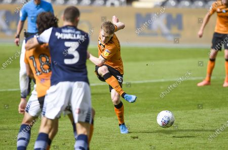 Keane Lewis-Potter of Hull City scuffs a great chance to score