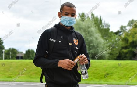 Kevin Stewart of Hull City arrives for the game