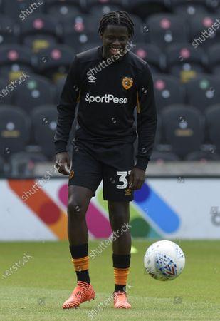 Leo Da Silva Lopes of Hull City warms up