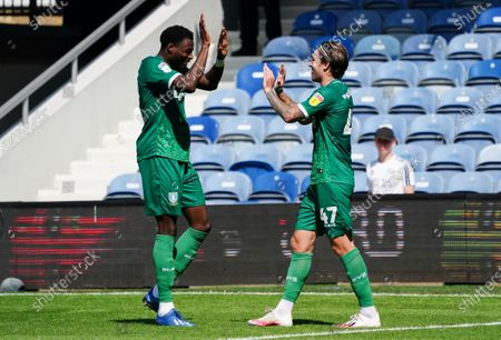 Goalscorer Josh Windass of Sheffield Wednesday high-fives Dominic Iorfa after making it 2-0
