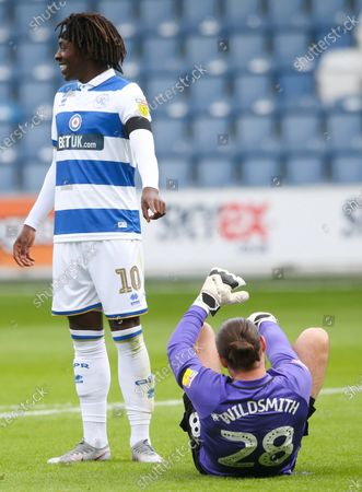Eberechi Eze of QPR laughs at Joe Wildsmith goalkeeper of Sheffield Wednesday's reaction to his 50/50 challenge