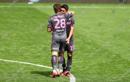 Pablo Hernandez of Leeds United celebrates at full time
