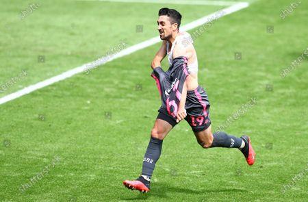 Pablo Hernandez of Leeds United celebrates scoring a goal to make the score 0-1
