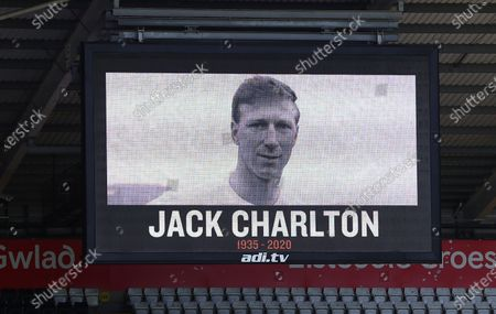 A minutes silence is held before kick off in memory of Jack Charlton
