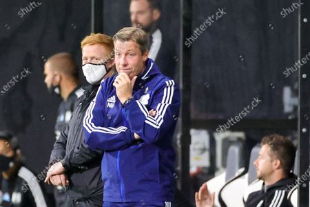 Cardiff City Manager Neil Harris looks frustrasted during the EFL Sky Bet Championship match between Fulham and Cardiff City at Craven Cottage, London
