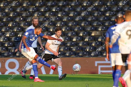 Cardiff City forward Nathaniel Mendez-Laing (19) shoots towards the goal during the EFL Sky Bet Championship match between Fulham and Cardiff City at Craven Cottage, London