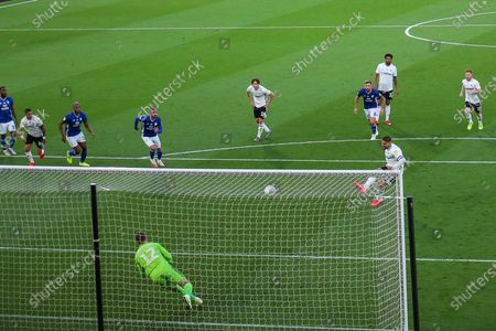 Goal! Fulham forward Aleksandar Mitrovic (9) scores from the penalty spot during the EFL Sky Bet Championship match between Fulham and Cardiff City at Craven Cottage, London