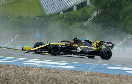 Renault driver Esteban Ocon of France steers his car during the qualifying session for the Styrian Formula One Grand Prix at the Red Bull Ring racetrack in Spielberg, Austria, Saturday, July 11, 2020. The Styrian F1 Grand Prix will be held on Sunday. (AP Photo/Darko Bandic, Pool)