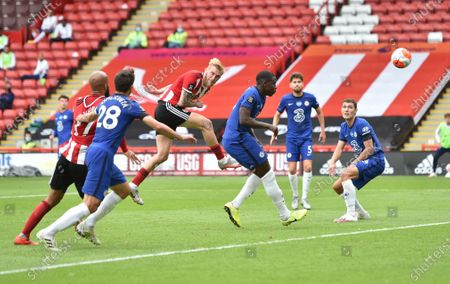 Oliver McBurnie of Sheffield (C) scores the second goal during the English Premier League match between Sheffield United and Chelsea in Sheffield, Britain, 11 July 2020.