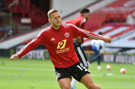 Billy Sharp of Sheffield warms up ahead of the English Premier League match between Sheffield United and Chelsea in Sheffield, Britain, 11 July 2020.