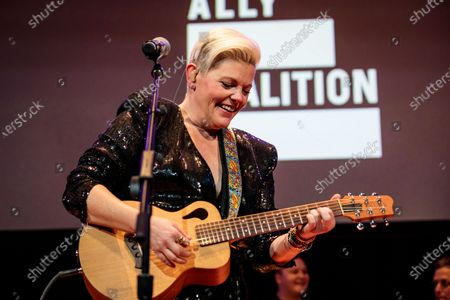 Stock Picture of Dixie Chicks - Natalie Maines