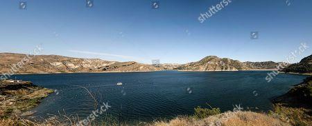 Lake Piru looking north east