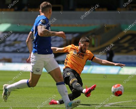 Wolverhampton Wanderers' Matt Doherty (R) in action during the English Premier League soccer match between Wolverhampton Wanderers and Everton in Wolverhampton, Britain, 12 July 2020.