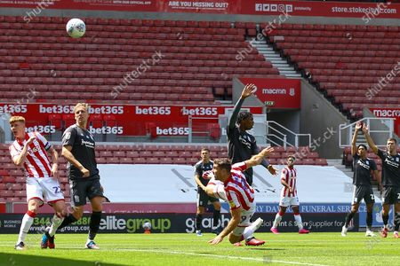 Sam Vokes of Stoke City (9) tris a overhead kick at goal during the EFL Sky Bet Championship match between Stoke City and Birmingham City at the Bet365 Stadium, Stoke-on-Trent