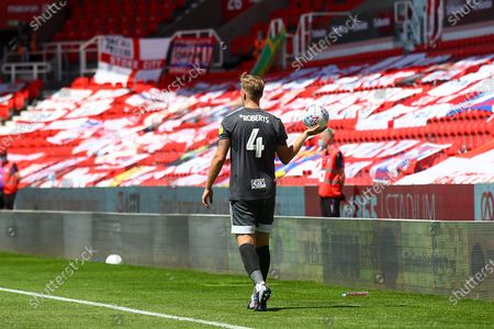 Marc Roberts of Birmingham City (4) looks lonely taking a throw during the EFL Sky Bet Championship match between Stoke City and Birmingham City at the Bet365 Stadium, Stoke-on-Trent