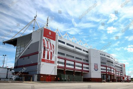 A very quiet stadium just before kick off with no fans during the EFL Sky Bet Championship match between Stoke City and Birmingham City at the Bet365 Stadium, Stoke-on-Trent