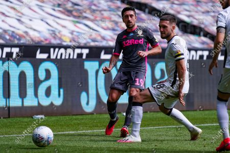 Leeds United midfielder Pablo Hernandez (19) passes the ball during the EFL Sky Bet Championship match between Swansea City and Leeds United at the Liberty Stadium, Swansea
