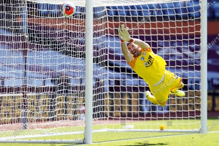 Crystal Palace's goalkeeper Vicente Guaita in action during the English Premier League soccer match between Aston Villa and Crystal Palace in Birmingham, Britain, 12 July 2020.