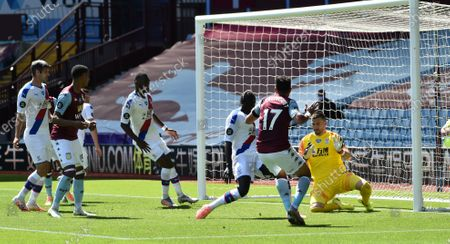 Trezeguet (2-R) of Aston Villa scores the 1-0 lead during the English Premier League soccer match between Aston Villa and Crystal Palace in Birmingham, Britain, 12 July 2020.